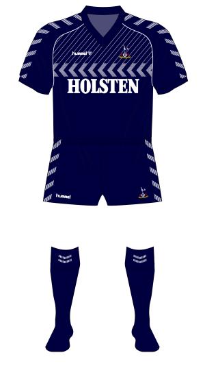 Tottenham-1985-Hummel-navy-Fantasy-Kit-Friday-away-01
