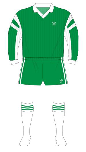 Feyenoord-1991-1992-adidas-away-green-no-sponsor-De-Graafschap-01