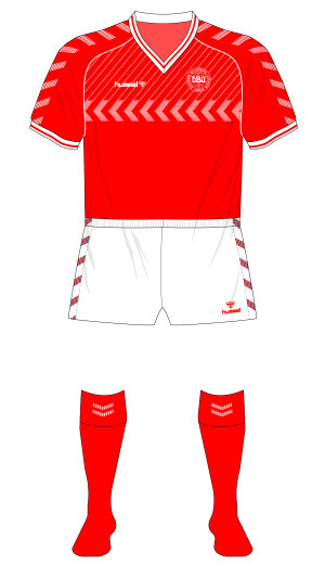 Denmark-1985-Hummel-Fantasy-Kit-Friday-home-01
