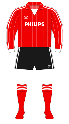 PSV-Eindhoven-1982-1983-adidas-home-01