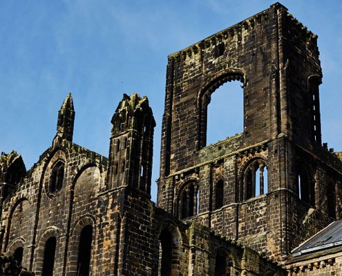 A closer look at the top of the ruins of Kirkstall Abbey