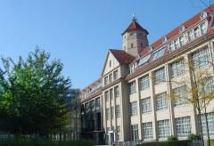 ZKM: 100 Jahre Hallenbau