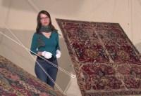 Teppiche zum Fliegen bringen im MAK