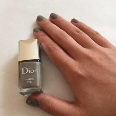 Dior Nailpolish Hand