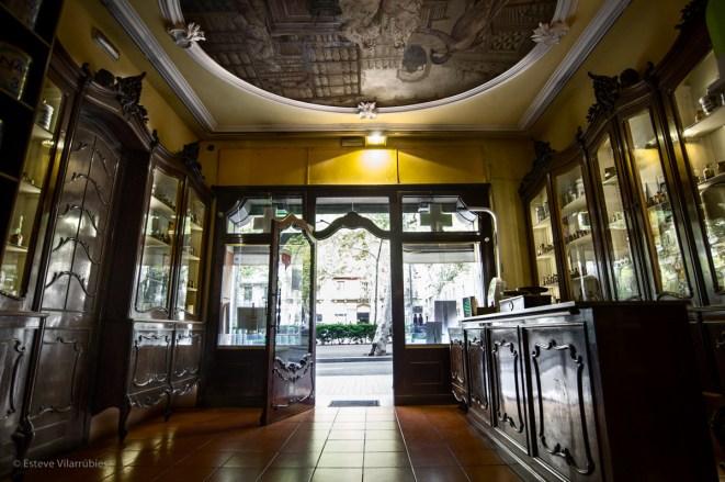 Farmacia Viader en Gran Via de les Corts Catalanes
