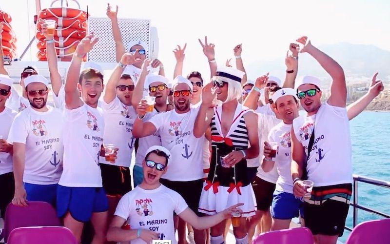 fiestas en catamarán benalmádena