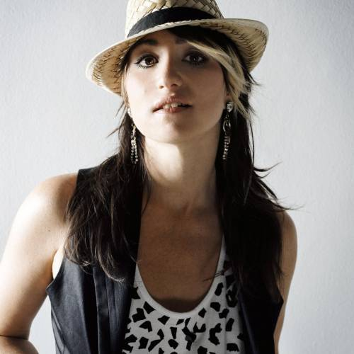 Kt Tunstall: 'i'm Trying To Shine A Light On Women In The Studio Because It's Really Rare'