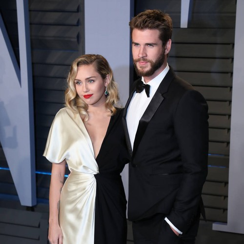 Miley Cyrus Brags About Liam Hemsworth's Qualities Mp3