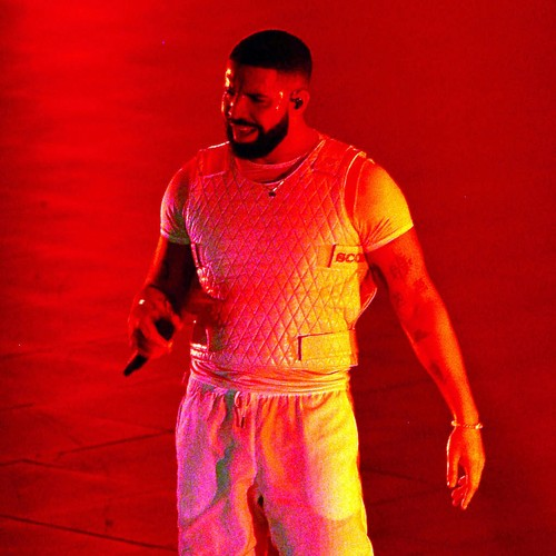 Drake Signs $10 Million Las Vegas Residency Deal