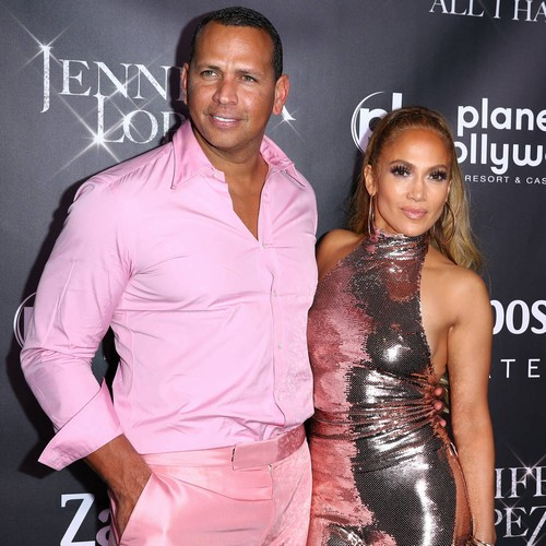 Jennifer Lopez And Alex Rodriguez Are Generous Gift Givers
