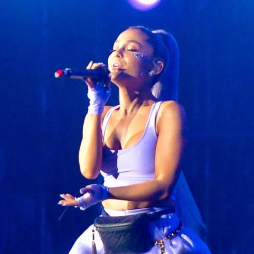 Ariana Grande Pays Tribute To Mac Miller As Sweetener Tour Kicks Off