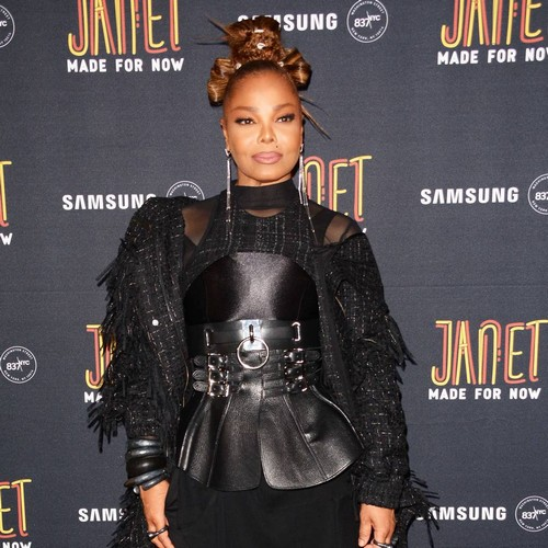 Janet Jackson 'edits' Glastonbury Poster To Put Her Name First
