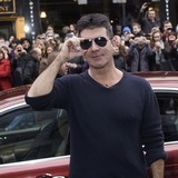 Simon-Cowell-denies-Jones-offer