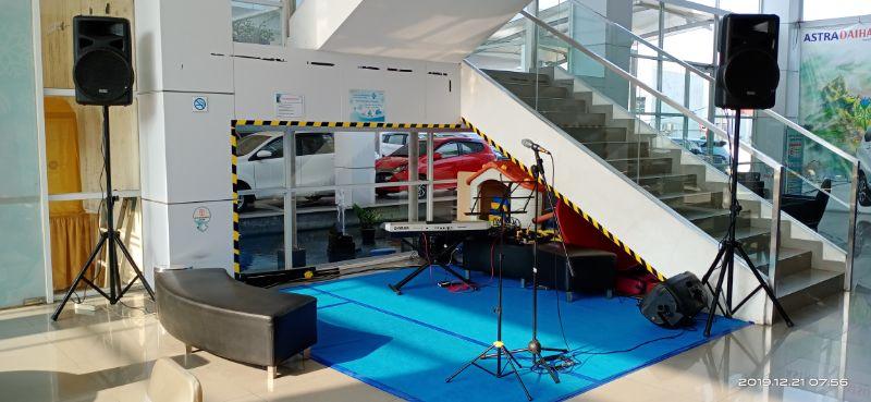 Sewa Organ Tunggal Saksofon Acara Customer Gathering Showroom Daihatsu Bekasi