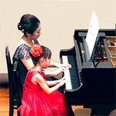 足立区小台ピアノ教室ピアノ連弾2