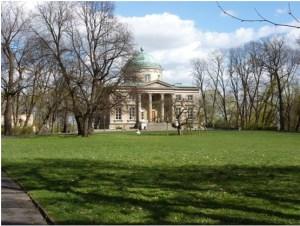 Exterior of Królikarnia museum