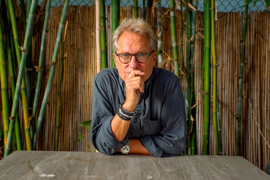 HOMECOMING AMERICAS GERRY BECKLEY TELLS HOME AND ROAD