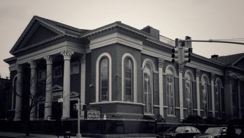 Баптистская церковь Хэнсон-Плейс в Бруклине (построена в 1857-1860 гг.), в которой служил Роберт Лоури