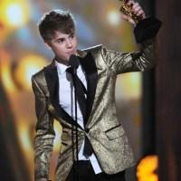 Eminem y Justin Bieber son máximos ganadores en Premios Billboard 2011, ganaron 6 premios cada uno