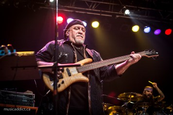 Randy George (Neal Morse Band Montreal February 25 2015 - Photo by Jean-Frederic Vachon)