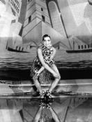 Joséphine Baker bailando el Charleston en el Folies (1926).