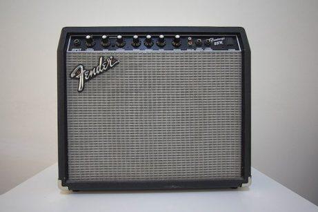 Review-Fender-Frontman-25r-1