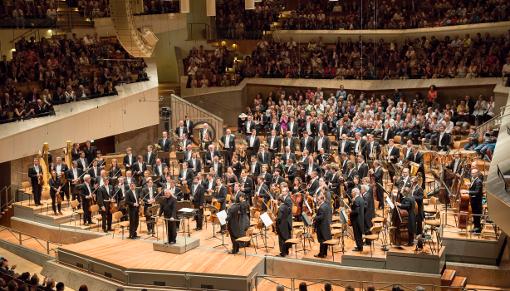 27753-berliner_philharmoniker_season_opening_monika_rittershaus_resized
