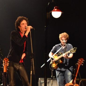 Gustavo Galo no palco do Teatro Sesc Vila Mariana (Foto: Alexandre Eça)