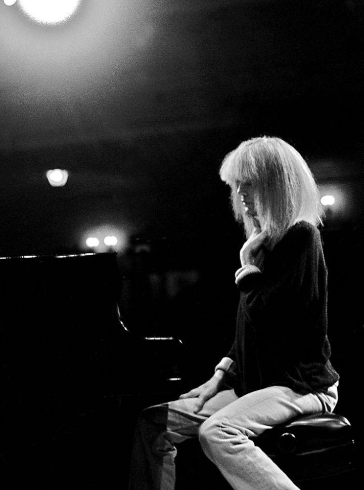 Carla Bley piano