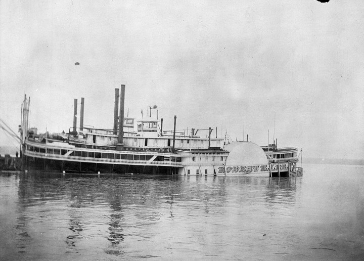 Robert-E-Lee Steamboat