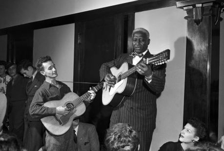 Guthrie with Leadbelly