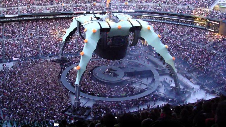 U2 - 360 Tour - Stage