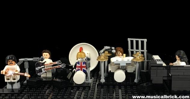 Genesis the Black Show in Lego