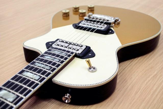 orange Custom_Guitar_Feature8