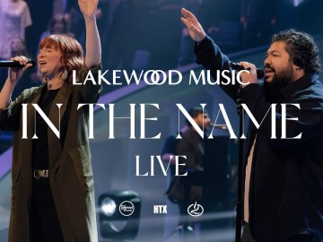 In The Name (feat. Kim Walker-Smith) [LIVE Music Video] - Lakewood Music