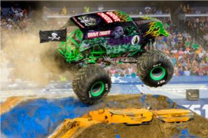 monster jam nashville grave digger monster truck