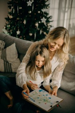 family connection holidays nashville family