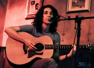kyleen-downes-songwriter-round-the-dayton-underground-series-6