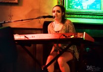 raya-songwriter-round-the-dayton-underground-series-21