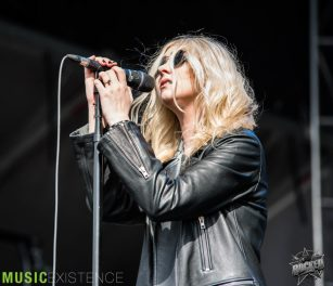 ME-The-Pretty-Reckless-4-29-2017-20