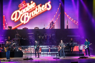 The-Doobie-Brothers-21