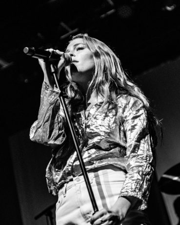 picsbydana-Maggie-Rogers-Fox-Theater-Oakland-23