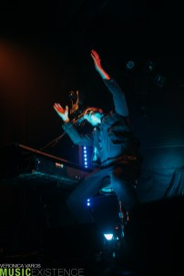 ME-Parachute-VeronicaVaros-RexTheatre-PittsburghPA-142
