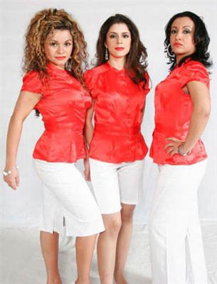 Singers in the South American Band London.