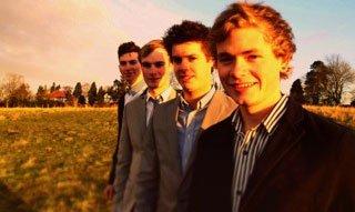 parade-wedding-band