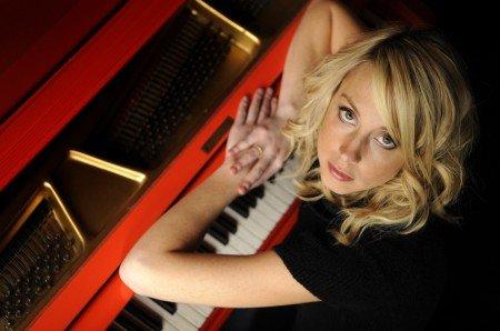 Nyles - Jazz Pianist