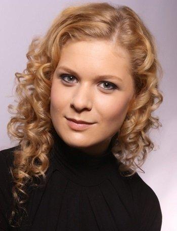 Jennifer - Soprano