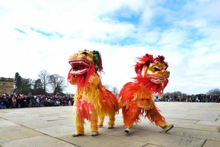 Double Chinese Lions
