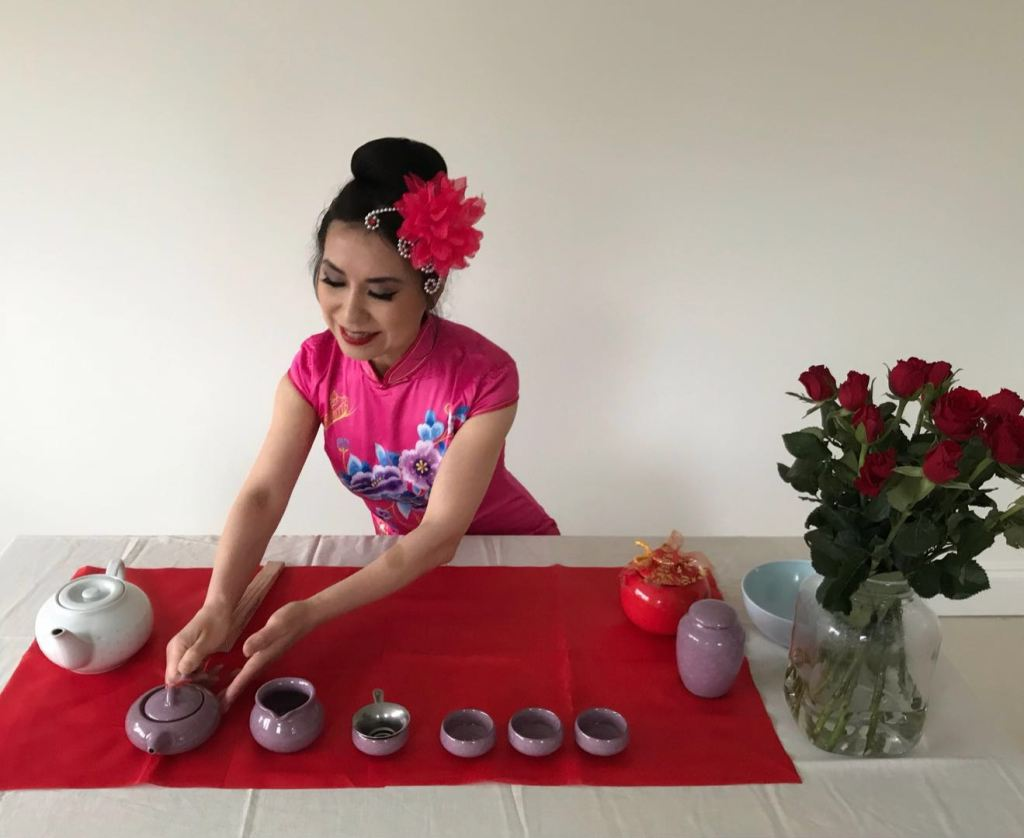 Chinese Tea Ceremony Instructor Conductor Organiser