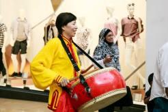 Chinese-Lion-Drummer